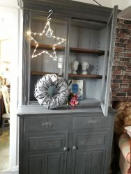 Smart, large bookcase on cupboard base £170
