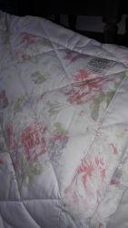 Extra Large Dorma quilt  £30