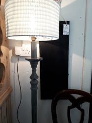 Very nice vintage painted standard lamp and shade £35