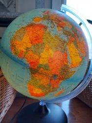 Large globe with light. Made in Italy £18