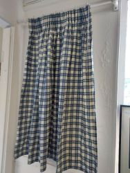 Country House check....all lined. 51ins wide by 39ins deep   £15