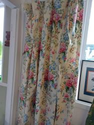 Lovely Brand New floral curtains, lined. £20 64 ins by 70 ins drop     SOLD