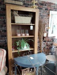 Nice, modern oak bookcase £70    SOLD