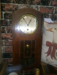 Lovely vintage pendulum clock £25
