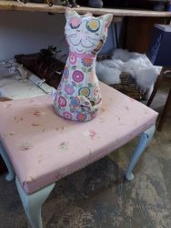 Pretty vintage linen stool £25