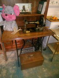 Vintage Sewing Machine On Table - £85