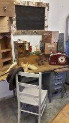 Very smart vintage drop leaf desk £120   SOLD
